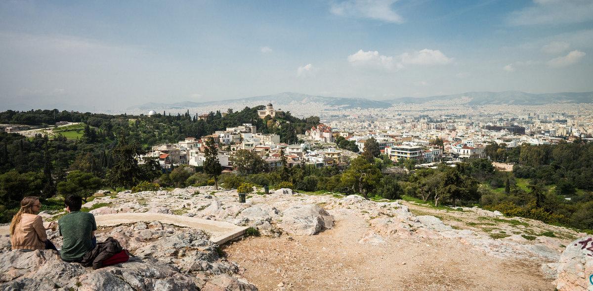 Вид на Афины с холма Ареопаг